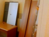 Foto der zerlegten Möbel aus der Textschmiede - Teil 1