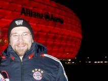 Foto: Ich vor der Allianz Arena